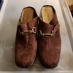 White Stag Mules Shoes